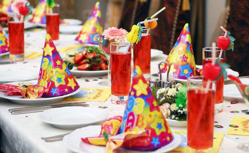 Украшение стола в день рождения ребёнка