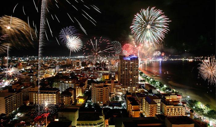 Встречаем Новый год на крыше дома