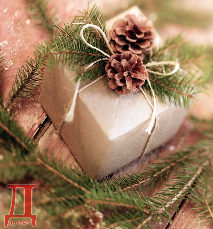 Как упаковать новогодний подарок своими руками