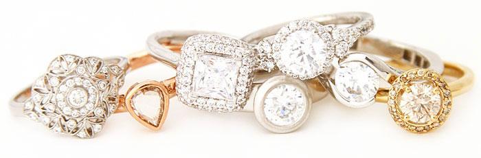 Что подарить жене на День рождения - ювелирные украшения